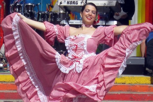 la mujer bonita de cumbiamba tradicíonal