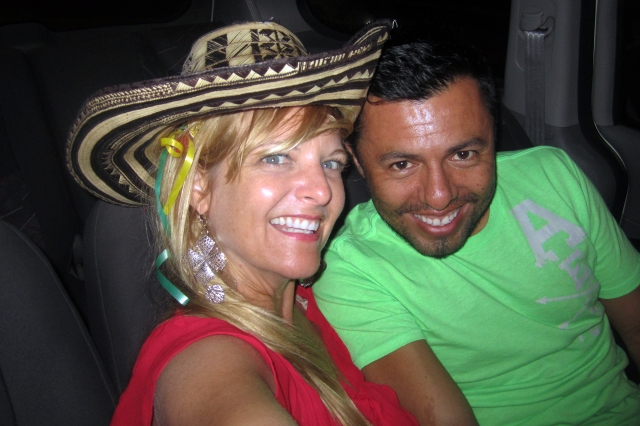 I met Ronal on Saturday and we reunited on Monday. Carnaval hurricane!