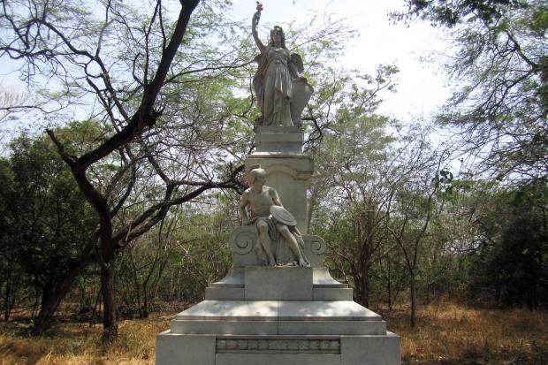 statue-sanpedro