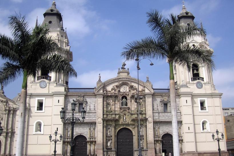 plaza-centroperu