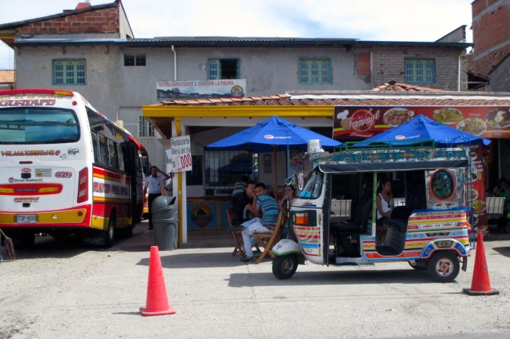 bus-station-guatate