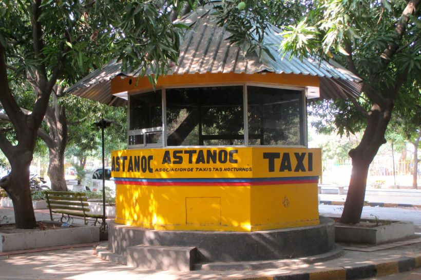 Cute taxi kiosko in Valledupar